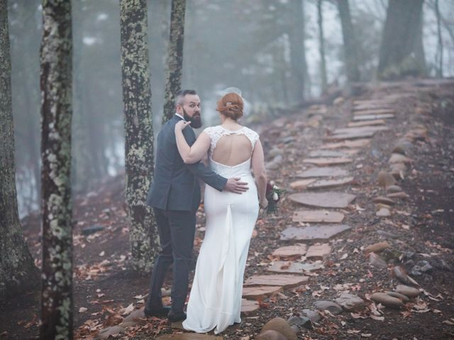 Shawn and Brittany's Wedding in Pigeon Forge, Tennessee 37