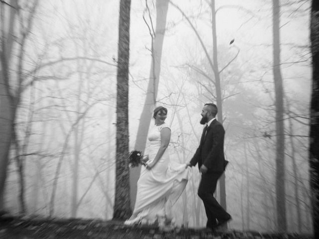 Shawn and Brittany's Wedding in Pigeon Forge, Tennessee 38