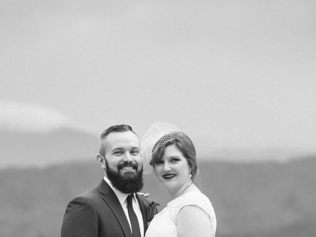 Shawn and Brittany's Wedding in Pigeon Forge, Tennessee 40