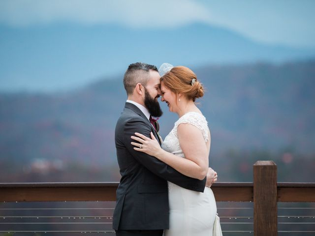Shawn and Brittany's Wedding in Pigeon Forge, Tennessee 1