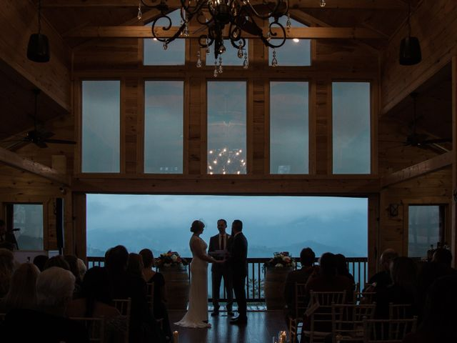Shawn and Brittany's Wedding in Pigeon Forge, Tennessee 2