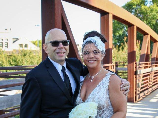 Frank and Amanda's Wedding in Sioux Falls, South Dakota 31