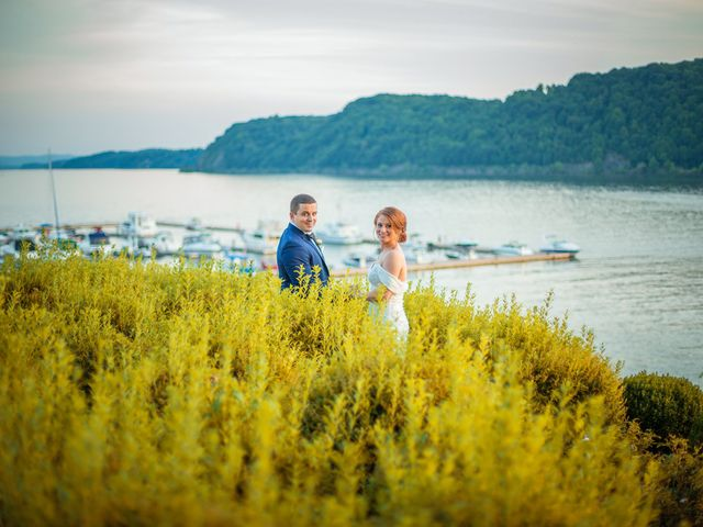 Bobby and Amber's Wedding in Poughkeepsie, New York 7