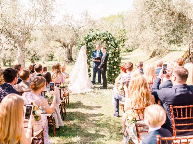Anja and Dhimi's Wedding in Tuscany, Italy 13