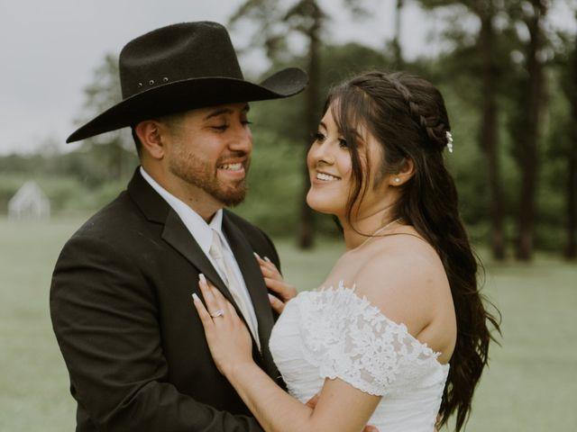Josue and Jennifer's Wedding in Crosby, Texas 16