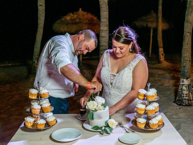 Darren and Megan's Wedding in Oranjestad, Aruba 6