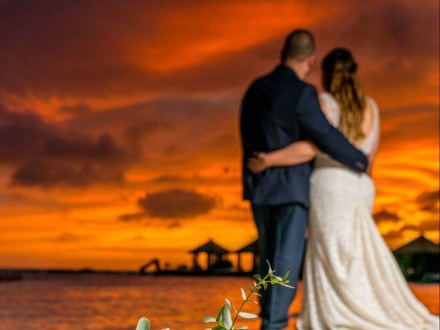 Darren and Megan's Wedding in Oranjestad, Aruba 10