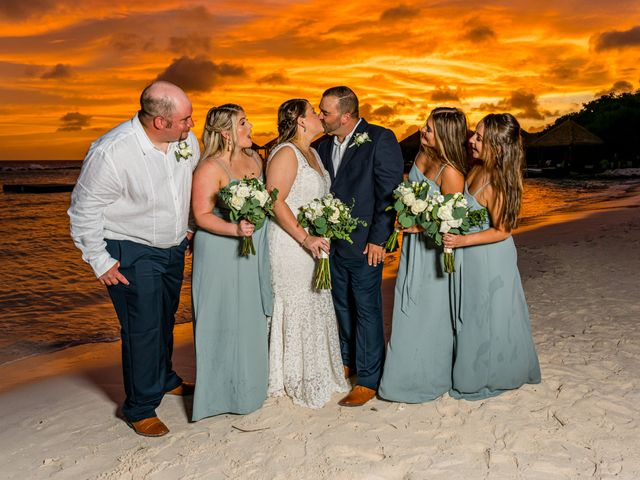 Darren and Megan's Wedding in Oranjestad, Aruba 11