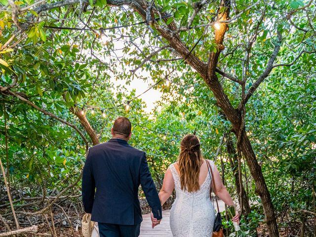 Darren and Megan's Wedding in Oranjestad, Aruba 13