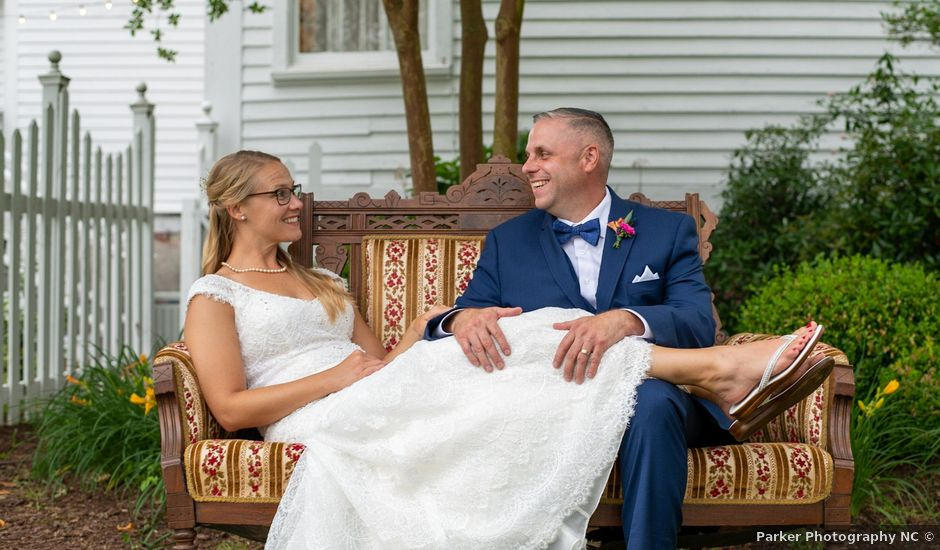 Charlcie and Mike's Wedding in Maysville, North Carolina