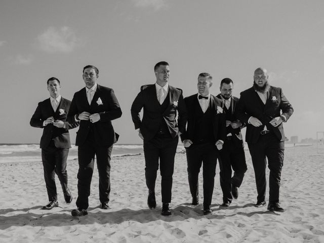 Cierra and Cash's Wedding in Cancun, Mexico 18