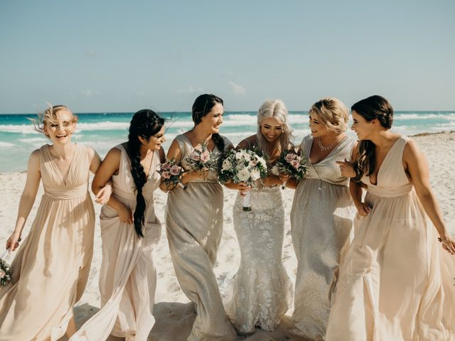 Cierra and Cash's Wedding in Cancun, Mexico 19