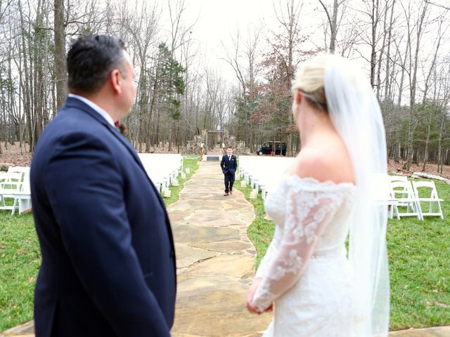Eddie and Melanie's Wedding in Shelbyville, Tennessee 7