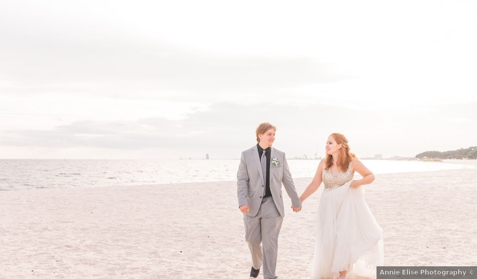 Benjamin and Jerah's Wedding in Gulfport, Mississippi
