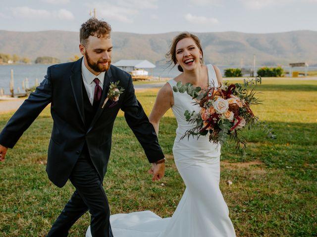Logan and Mariah's Wedding in Huddleston, Virginia 32