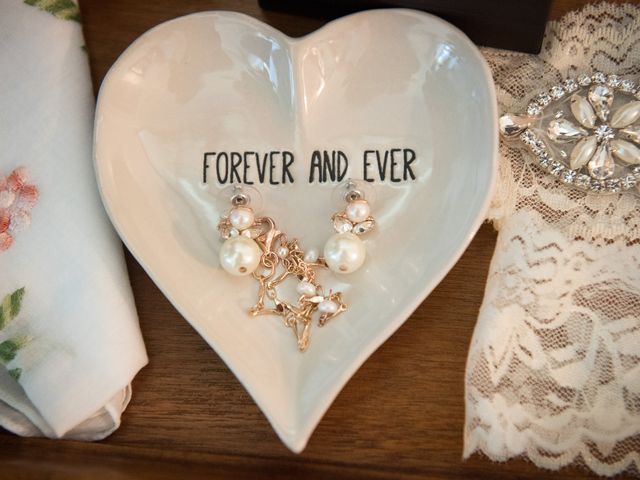 Kevin and Jessalin's Wedding in White Salmon, Washington 9