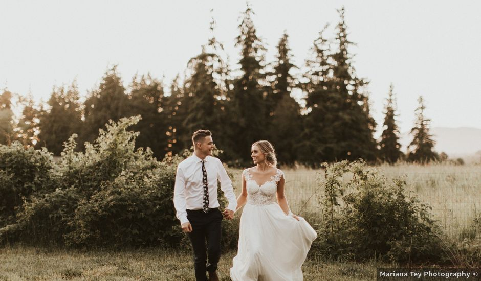 Brandon and Annetta's Wedding in Burlington, Washington