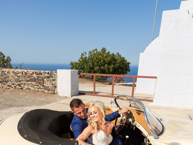 Craig and Angela's Wedding in Santorini, Greece 35