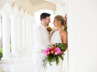 Chris Briggs-Lawrance and Lauren Petroff's Wedding in Providenciales, Turks and Caicos 3