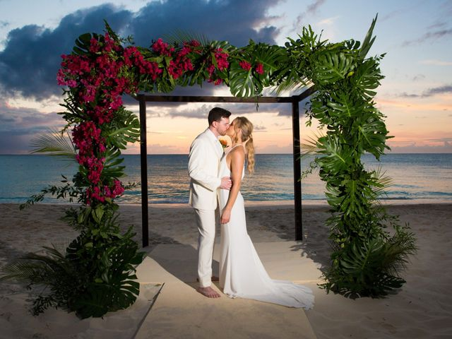 Chris Briggs-Lawrance and Lauren Petroff's Wedding in Providenciales, Turks and Caicos 1