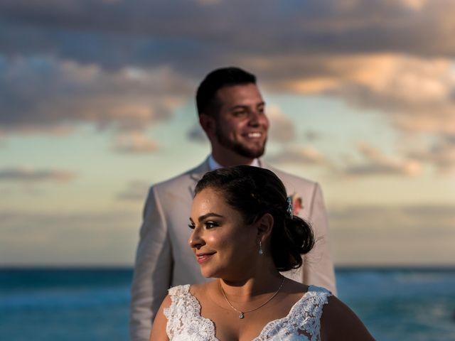 Rafa and Pau's Wedding in Cancun, Mexico 31