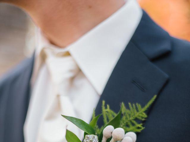 Clint and Ellen's Wedding in Des Moines, Iowa 33