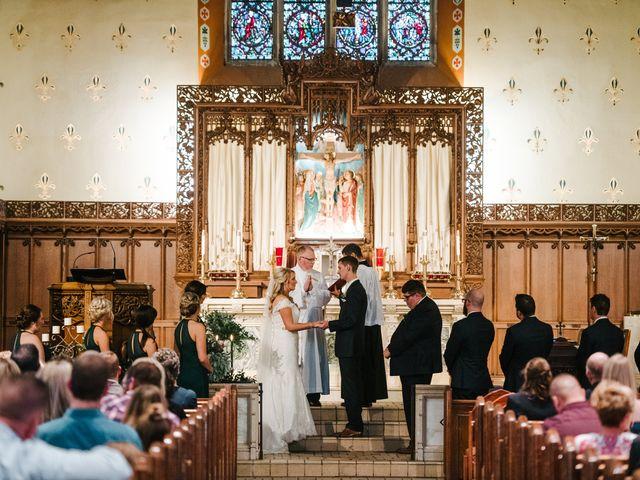 Clint and Ellen's Wedding in Des Moines, Iowa 4