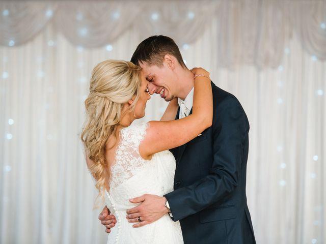 Clint and Ellen's Wedding in Des Moines, Iowa 8