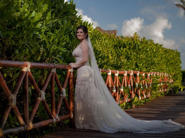 Charles and Alanna's Wedding in Puerto Aventuras, Mexico 24