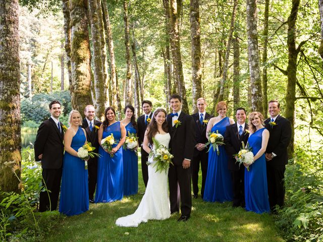 Melissa and Sam's Wedding in Bridal Veil, Oregon 8