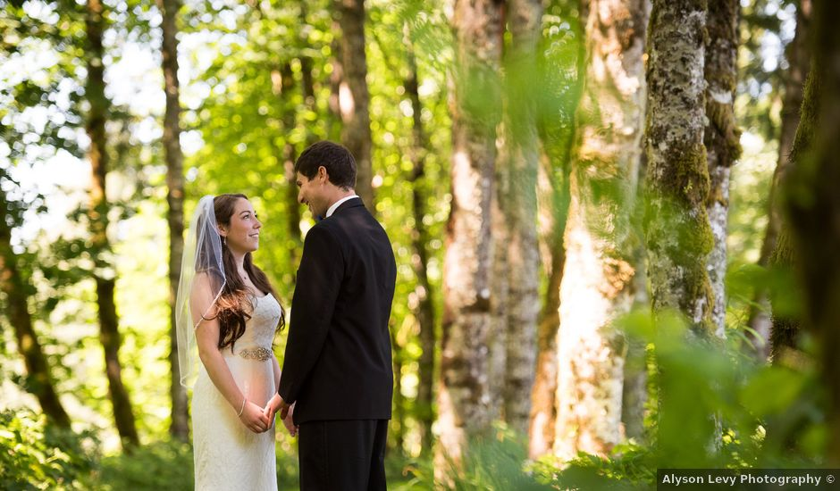 Melissa and Sam's Wedding in Bridal Veil, Oregon