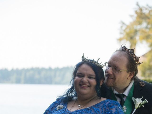 Autumn  and Scott 's Wedding in Lakewood, Washington 4