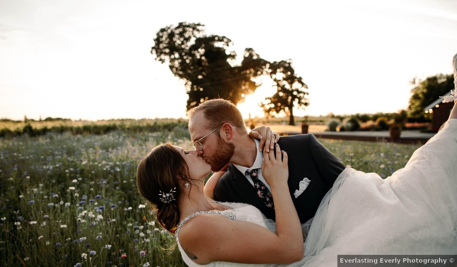 Hailey and Matt's Wedding in Canby, Oregon