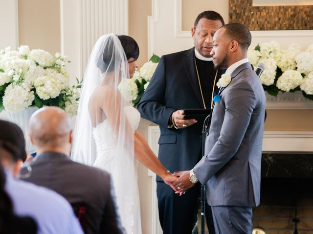 Lloyd and Dominique's Wedding in Williamsburg, Virginia 9