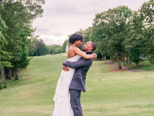 Lloyd and Dominique's Wedding in Williamsburg, Virginia 14