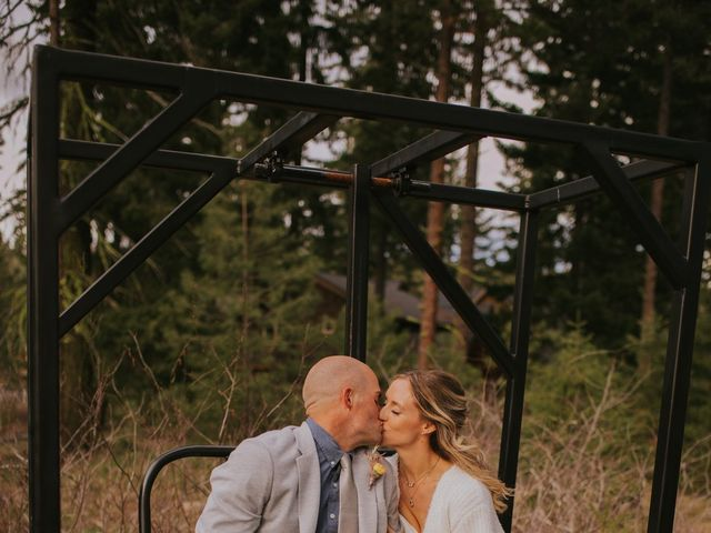 Erika and Nick's Wedding in Cle Elum, Washington 3