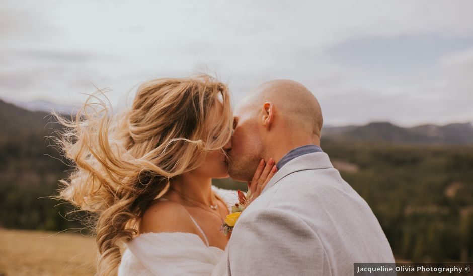 Erika and Nick's Wedding in Cle Elum, Washington