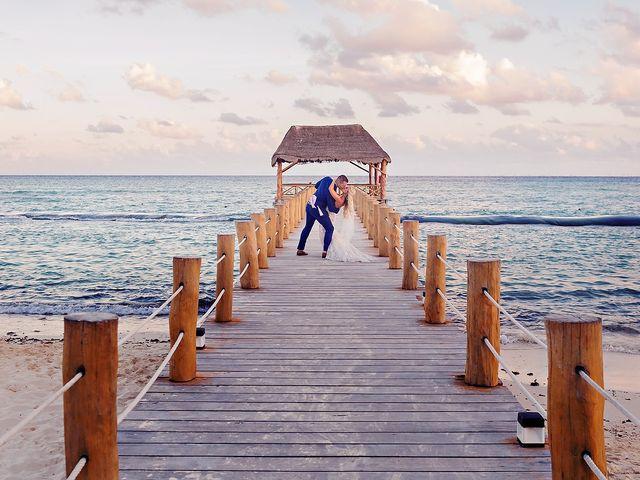 Ben and Lona's Wedding in Playa del Carmen, Mexico 32