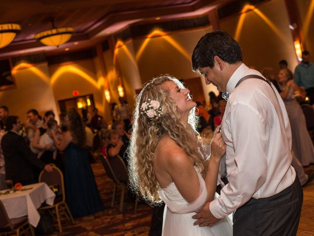Billy and Lindsey's Wedding in Wisconsin Dells, Wisconsin 22