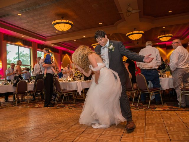 Billy and Lindsey's Wedding in Wisconsin Dells, Wisconsin 33