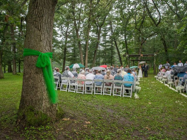 Billy and Lindsey's Wedding in Wisconsin Dells, Wisconsin 50