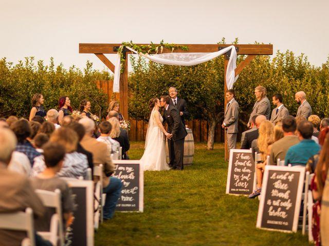 Devon and Alexis's Wedding in Sioux Falls, South Dakota 10