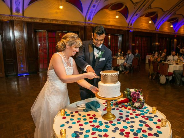 Kevin and Kiersten's Wedding in Milwaukee, Wisconsin 13