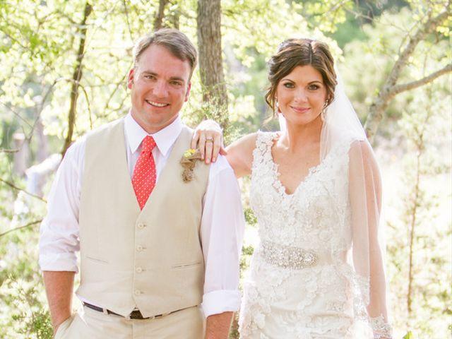 Elizabeth and Taylor's Wedding in Boerne, Texas 4