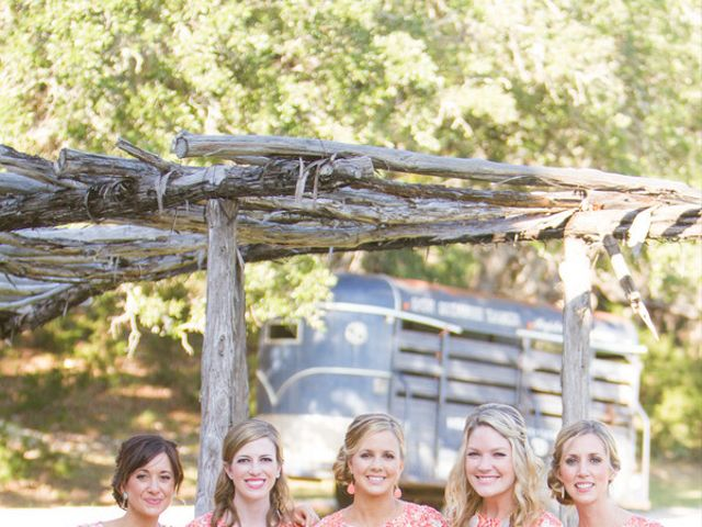 Elizabeth and Taylor's Wedding in Boerne, Texas 6