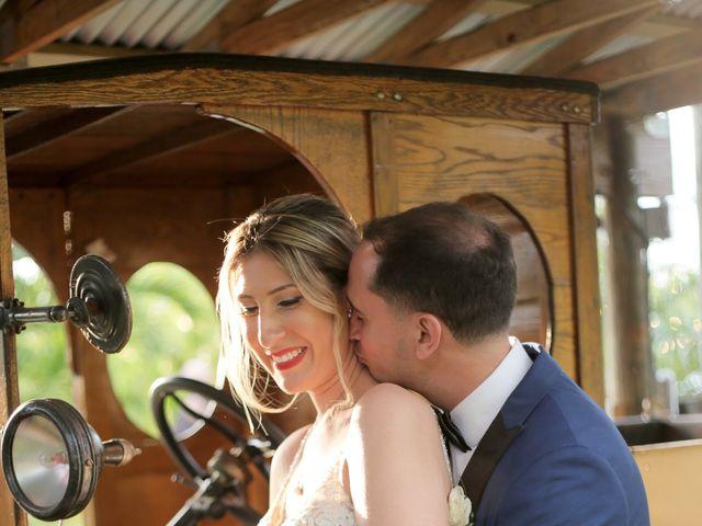 Roberto and Shelli's Wedding in Homestead, Florida 9
