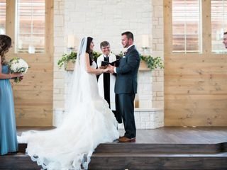 Lindsay and Chase's wedding in Texas 18