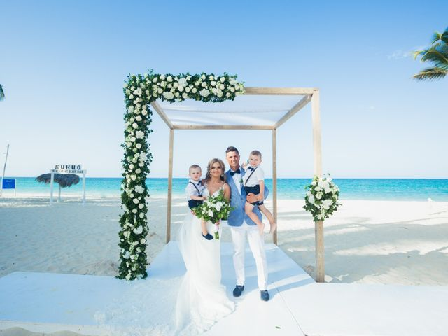 Brandon and Jennifer's Wedding in Punta Cana, Dominican Republic 111