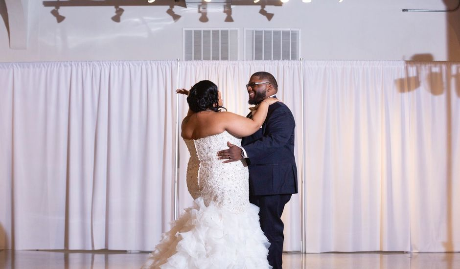 Aarron and Ericka's Wedding in Kansas City, Missouri