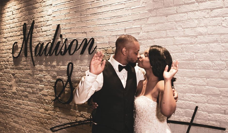 Michael and Gabrielle's Wedding in Cincinnati, Ohio